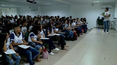 Aulão preparatório reúne em Petrolina alunos de escolas de municípios do Sertão de PE - O objetivo é se preparar bem para as provas do Enem.