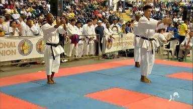 Mundial de Caratê agita fim de semana em Fortaleza - Caratecas de vários países do mundo se encontraram na capital cearense.