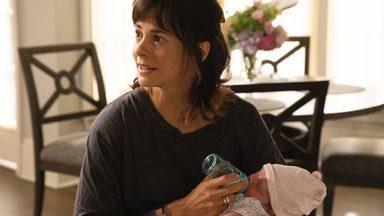 Sinais Confusos - O encontro de Rome com um amigo produtor faz com que ele se sinta dividido com as mudanças que sugere para seu roteiro; e Delilah concorda em jantar com Andrew.