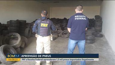 Mais de mil pneus importados ilegalmente são apreendidos na região de Curitiba - Em Guarapuava, motorista fica preso às ferragens e mais de 150 kg de maconha foram apreendidos em Cianorte.