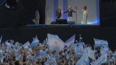 Argentina tem eleições presidenciais neste domingo (27) - Na reta final da campanha, o presidente Maurício Macri mobiliza multidões em busca de uma reeleição que as pesquisas dizem ser quase impossível.