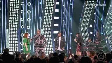 Kevin O Cris conta para Maiara e Maraísa o que evoluiu após a participação no ´Só Toca Top - A plateia pede outros sucessos do cantor