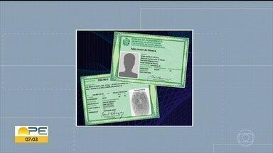Pernambuco inicia emissão de novo modelo de carteira de identidade - Estado lançou um novo processo de agendamento para chegar a 100 mil atendimentos por mês.