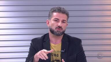 Paulo Germano comenta a queda no número de assaltos a ônibus em Porto Alegre - Assista ao vídeo.