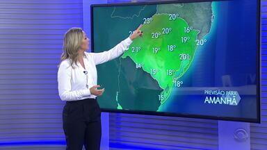 Metade Norte do RS tem risco de tempestades nesta quinta-feira - No restante do estado, chuva continua e temperaturas ficam amenas.