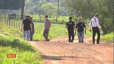 Polícia de GO investiga a morte de motorista de aplicativo - Ele estaria com outros três homens que planejavam roubar fazendas. Os quatro morreram num confronto com a polícia.
