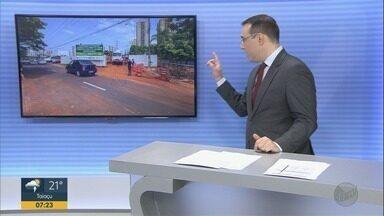 Construção de viaduto interdita Avenida Maria de Jesus Condeixa em Ribeirão Preto - Trecho com 40 metros de extensão está bloqueado no sentido bairro – Centro.