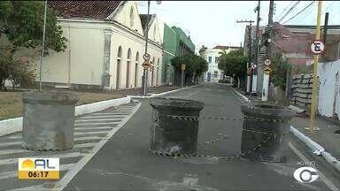 Trânsito no Jaraguá sofre alteração por causa da 9ª Bienal Internacional do Livro - Interdição começa nesta sexta e segue até o dia 10 de novembro.