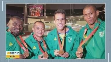 Ex-atleta Sandro Viana se torna oficialmente medalhista olímpico - Atleta da equipe da Jamaica foi pego no exame antidoping.