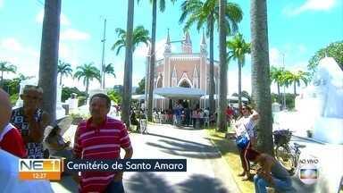 No Dia de Finados, Cemitério de Santo Amaro, no Recife, fica lotado - Publico chegou bem cedo, neste sábado (2), para visitar túmulos e jazigos