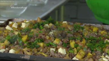 Culinára: Escondidinho de mandioca com carne de sol e queijo coalho - A receita deste domingo revela como preparar o prato com ingredientes do Norte.