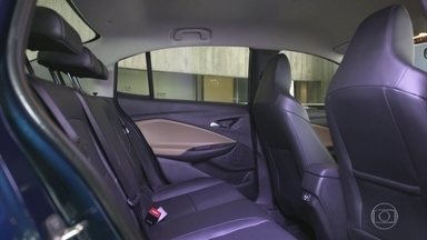 Poucos centímetros fazem a diferença para o conforto dentro dos carros - Montadores trabalham para melhorar espaço interno dos veículos.