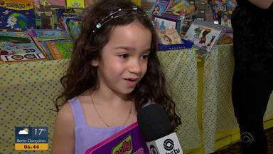 Veja como foi o primeiro fim de semana da Feira do Livro de Porto Alegre - Bancas da literatura infantil fazem sucesso na feira.
