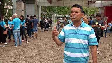 Primeiro dia de provas do Enem movimenta Porto Alegre - Assista ao vídeo.