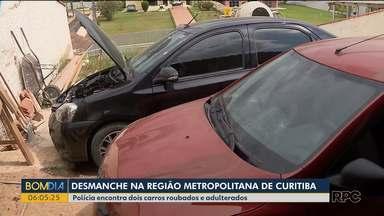 Carros roubados são encontrados em casa que funcionava como desmanche - Polícia Civil fez cerco à residência que fica em Almirante Tamandaré.