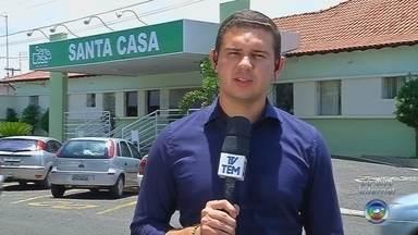 Médicos anunciam fim da greve na Santa Casa de Santa Fé do Sul - Os médicos da Santa Casa de Santa Fé do Sul (SP) anunciaram o fim da greve nesta segunda-feira (4), após três dias de paralisação dos serviços.