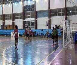 Torneio feminino de futsal reúne 22 equipes de Juiz de Fora e região - Torneio Dom da Bola é fruto de projeto de extensão da UFJF. Jogos são disputados na Faculdade de Educação Física