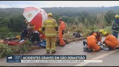 Dois carros caem de ribanceira em São Sebastião - Segundo testemunhas, chovia forte na hora e os motoristas perderam o controle da direção quando tentaram desviar de poças d'água. Em um dos casos, o motorista morreu.
