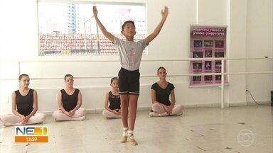 Garoto pernambucano se prepara para morar no Sul do Brasil para o Ballet Bolshoi - Davi tem 10 anos e decidiu enfrentar os preconceitos para seguir seu sonho.