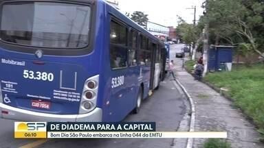 Bom Dia São Paulo - Edição de Quinta-Feira, 07/11/2019 - Árvore cai sobre ônibus e dois carros na região da Avenida Ibirapuera. Ônibus é incendiado na Zona Leste de São Paulo. Colisão envolvendo dois carros provoca problemas na rodovia Anhanguera.