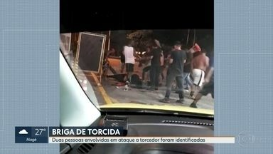 Quinze envolvidos em ataque a torcedor do Botafogo são levados para delegacia - Duas pessoas já foram identificadas e autuadas. Outra agressão também aconteceu em frente ao estádio do Engenhão. Do lado de dentro do estádio, também teve confusão.