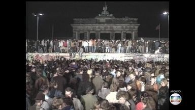 Queda do muro de Berlim vai completar 30 anos - Durante quase três décadas, a cidade foi dividida, impedindo alemães orientais de sair do lado comunista.