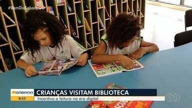 Biblioteca Infantil recebe acervo de livros escritos nos séculos XIX e XX, em Goiânia - Os livros eram usados por escolas e famílias na alfabetização das crianças em Goiás. A biblioteca recebe livros literários em bom estado de conservação e que são doados pela população em geral.