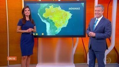 Segunda-feira deve ser chuvosa entre Santa Catarina e Rio de Janeiro - Alta pressão deixa o tempo carregado e o céu encoberto nas regiões Sul e Sudeste do país.