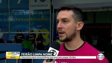 Feirão Limpa Nome no Largo da Batata - Consumidores que estão inadimplentes podem negociar as dívidas com desconto.