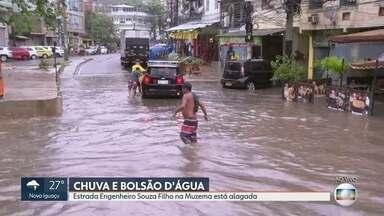 Sirenes são acionadas em comunidades por causa das fortes chuvas - Vários pontos do Rio e de Niterói estão alagados.