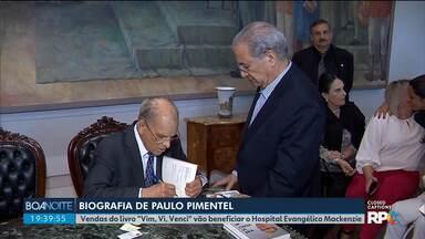 """Biografia do ex-governador Paulo Pimentel é lançada no Palácio Iguaçu - Vendas do livro """"Vim, Vi, Venci"""" vão beneficiar o Hospital Evangélico Mackenzie."""