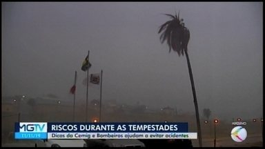 Corpo de Bombeiros de Araxá e Cemig dão dicas para evitar acidentes durante tempestades - A região do Alto Paranaíba é a segunda em incidência de raios no Estado e, neste ano, em função do fenômeno El Nino, o sudeste deve ter um aumento de 20% a 30% na incidência do fenômeno.