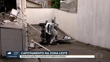 Motorista capota carro na Penha - A motorista perdeu o controle do carro em uma ladeira, por volta das 5h. Ela estava em alta velocidade, segundo testemunhas.