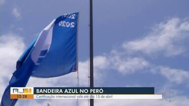 'Bandeira Azul' é hasteada na Praia do Peró, em Cabo Frio, no RJ - Certificação internacional vale até dia 15 de abril.
