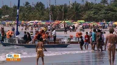 Com muito sol, praias de Maceió estão cheias - Sensação térmica nos últimos dias tem passado dos 33 graus.