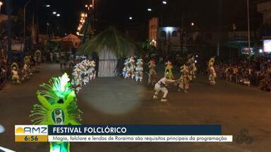 Tradicional Festival Folclórico de Caracaraí começa hoje - Evento ocorre durante três dias e mostra a disputa cultural entre os grupos Gavião Caracará e Cobra Mariana.