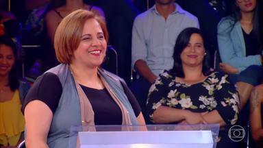 'Quem Quer Ser Um Milionário': Luziane Rodrigues participa da busca pelo milhão - Luciane trabalha com Bolos