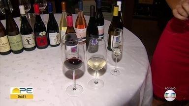 Veja dicas sobre benefícios e como escolher um bom vinho - Uva tem antioxidante, que vem sendo utilizado para retardar envelhecimento.