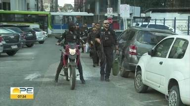 Polícia investiga empresas suspeitas de lavagem de dinheiro obtido com tráfico - Operção cumpriu mandados de busca na manhã desta sexta-feira (22).