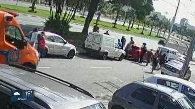 Polícia conclui que mortos em praça de Barueri tiveram overdose - As quatro vítimas morreram após ingerir bebida com cocaína.