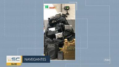 Giro de notícias: Mais de 400 kg de cocaína são apreendidos em porto de SC - Giro de notícias: Mais de 400 kg de cocaína são apreendidos em porto de SC