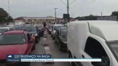 Motoristas fazem 'buzinaço' contra a espera para travessia de balsas - Tempo elevado para travessia foi alvo da reclamação dos motoristas.