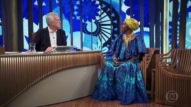 Lia fala sobre sua infância - A pernambucana conta sobre as duas mães de sua infância: a patroa, que lhe deu abrigo, e a empregada que lhe deu a vida
