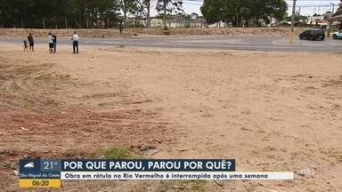 Obra em rótula é interrompida após uma semana em Florianópolis - Obra em rótula é interrompida após uma semana em Florianópolis