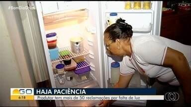 Produtor rural reclama de constantes quedas de denergia, em Goiás - Segundo ele, já foram mais de 50 registros de reclamação à empresa.