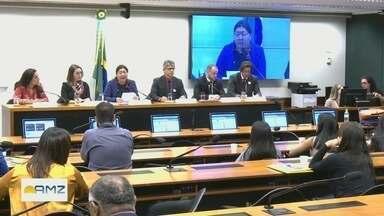 Em Brasília, audiência debate a exploração de terras indígenas - Em Brasília, audiência debate a exploração de terras indígenas.