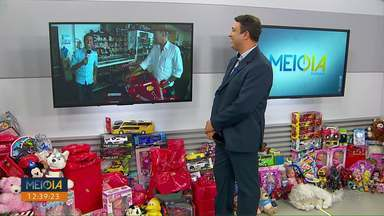 """Participe da campanha """"Natal RPC"""" - Você pode doar seu brinquedo na sede da RPC ou em outros 60 pontos de coleta."""
