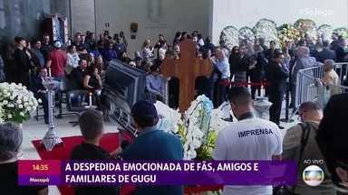 Público se despede de Gugu Liberato em velório - Familiares, amigos e fãs participam do velório do apresentador