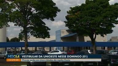 Vestibular da Unioeste tem provas em sete cidades do Paraná neste domingo (01) - As provas são de manhã e à tarde; nesse ano 11.365 candidatos concorrem a uma vaga nos 65 cursos ofertados em cinco campi.