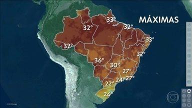 Veja a previsão do tempo para esta segunda-feira (2) em todo o país - Tem mais previsão de chuva para os próximos dias em Belo Horizonte e Vitória; alerta é alto para deslizamentos e alagamentos. Em boa parte do país, pancadas de chuva se tornam cada vez mais fortes e frequentes.